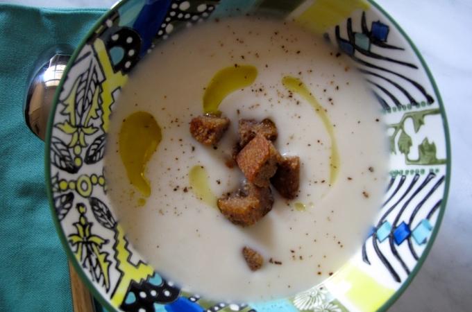 Sopa de coliflor con mostaza Dijon