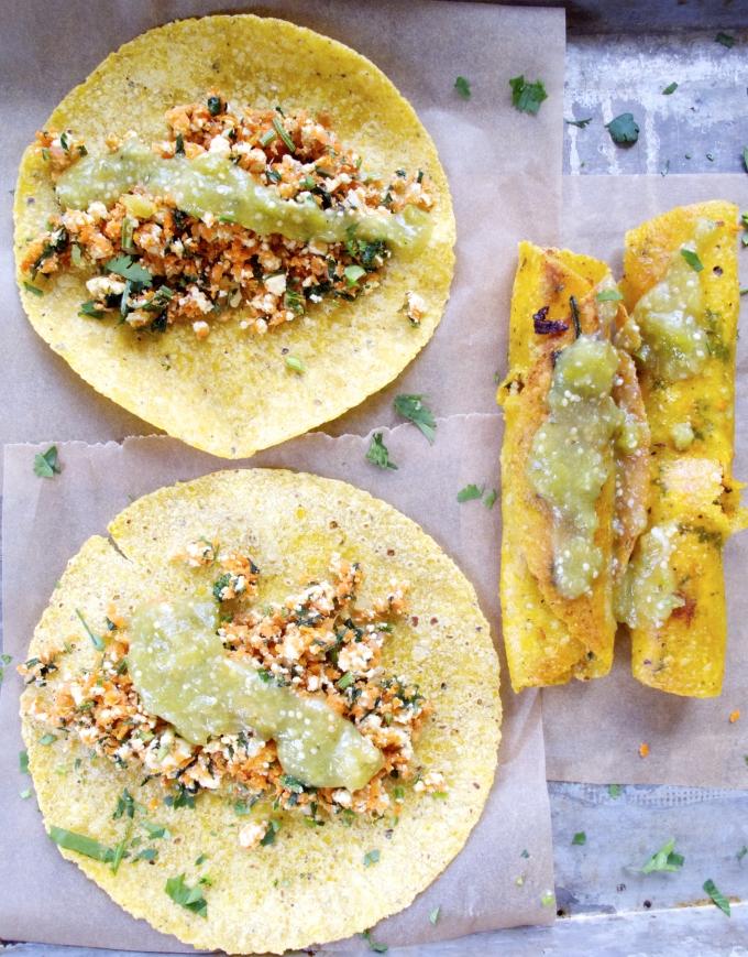 Tacos de zanahoria con salsa verde, super ricos, veganos y super mexicanos.