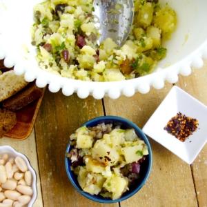 Ensalada de papa para picnic, vegana.