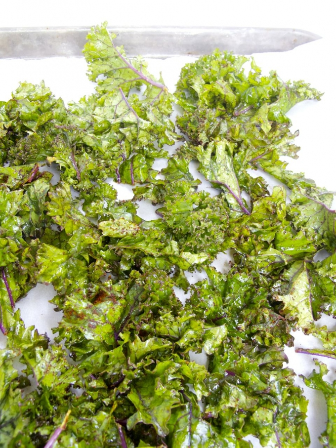 Kale and chipotle chips