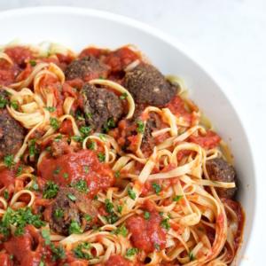 Albondigas veganas.Spaghetti and meatballs.piloncilloyvainilla.com