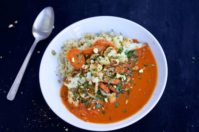 Curry Thai con verduras rostizadas en 20 minutos o menos