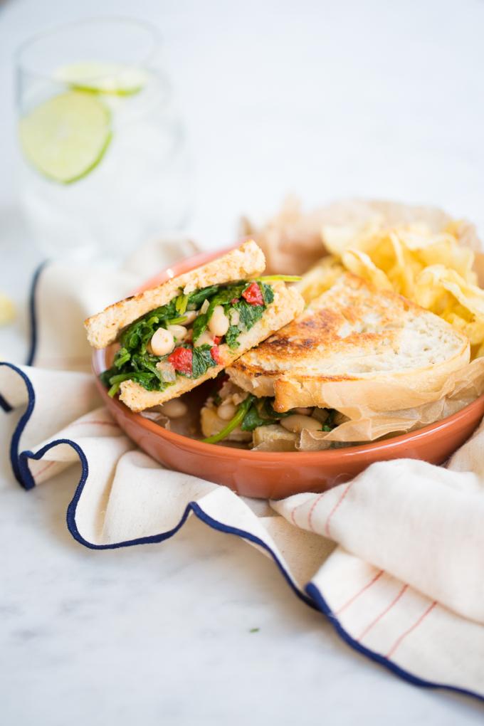 healthy vegan kale sandwich