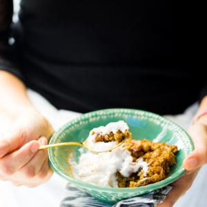Avena al horno con calabaza y nueces. Desayuno rápido,vegano y super nutritivo.