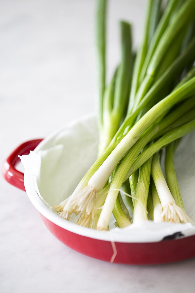 Receta de ensalada de betabel y aguacate con aderezo de cebollín