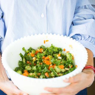 Receta de ensalada arcoiris super detox, fácil de hacer, super nutritiva y bien rica.
