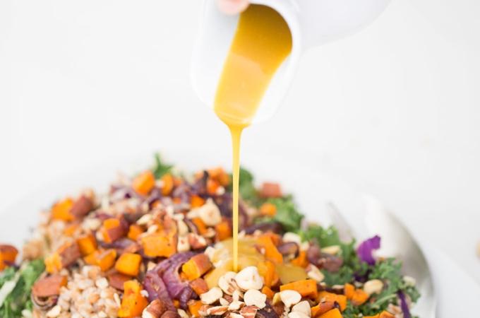 """Ensalada de otoño con aderezo """"honey-mustard"""""""