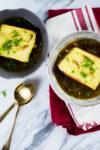 Sopa de cebolla vegana (opción sin aceite), si se puede!