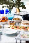 Hummus con ensalada mediterranea de Pretty Simple Cooking