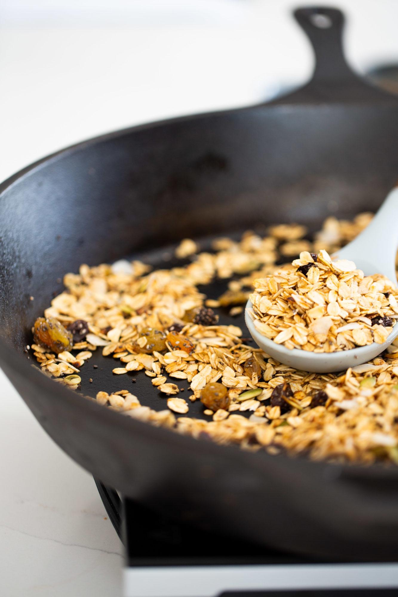 Granola hecha en sartén
