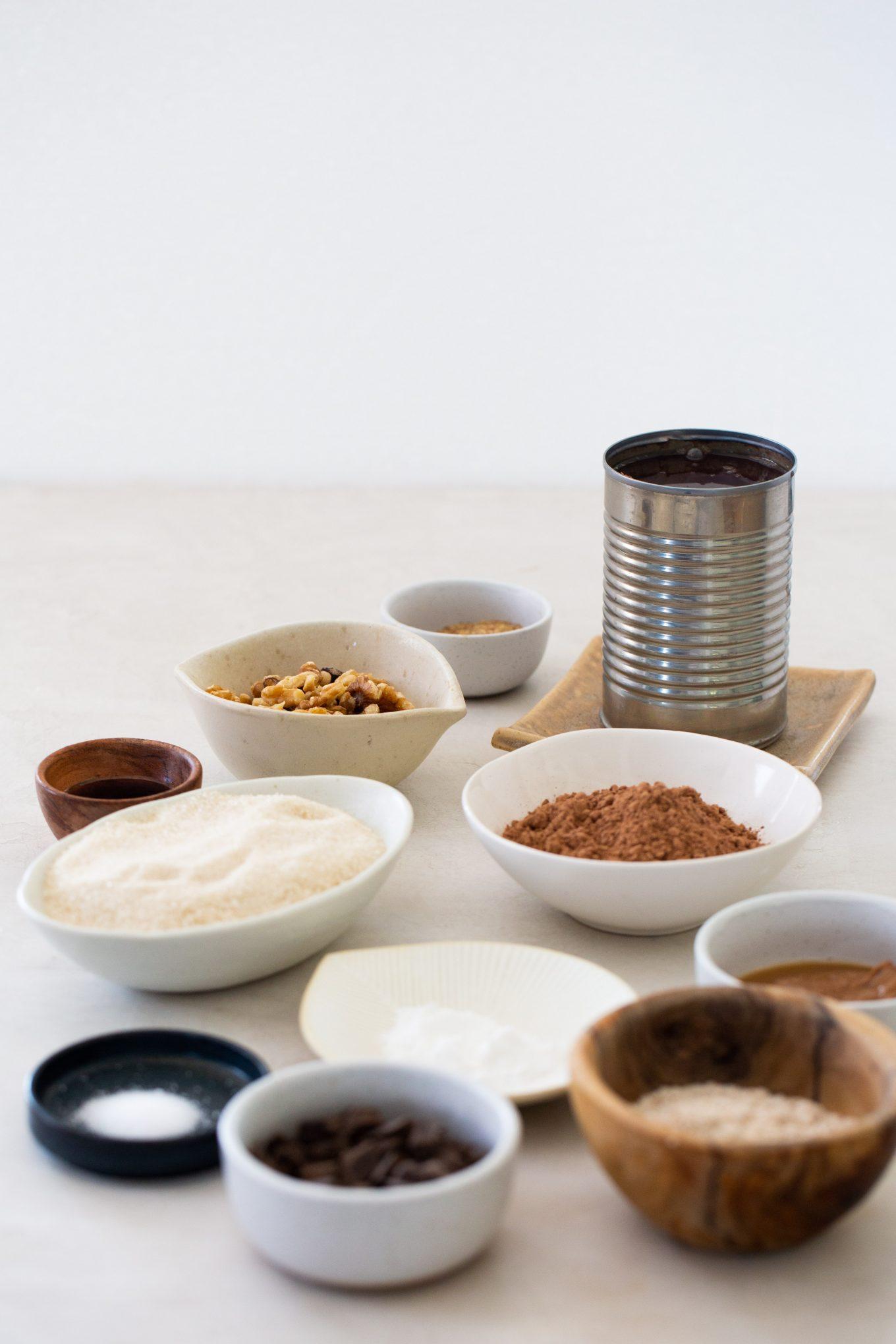 ingredientes para hacer brownies de frijol negro